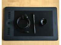 WACOM INTUOS PRO - MEDIUM - WELL USED