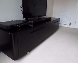 Wood TV unit in fashionable black wenge finish