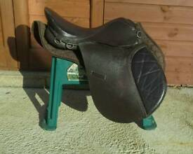 """16"""" Brown Leather Pony Saddle with Numnah"""