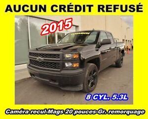 2015 Chevrolet Silverado 1500 WT**8 CYL. 5.3L**4X4**ROUES 20 POU