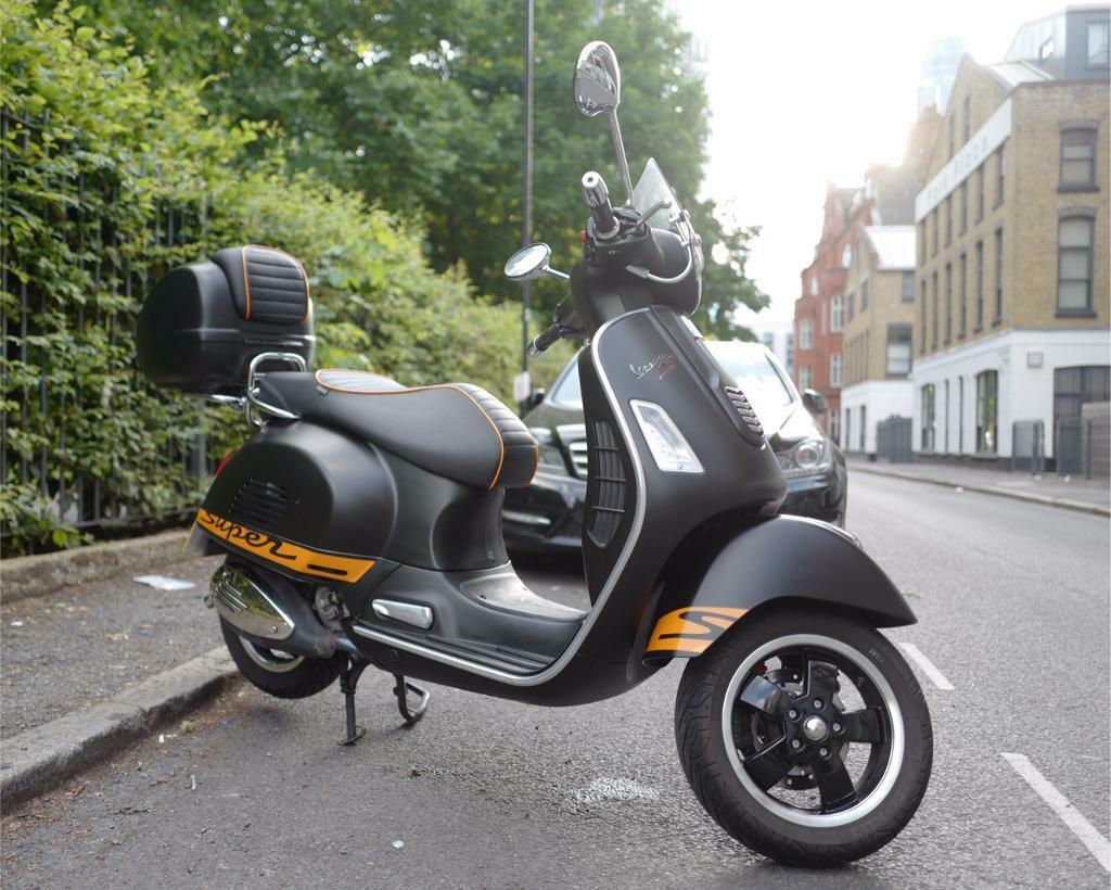 piaggio vespa 300 gts super sport in vauxhall london. Black Bedroom Furniture Sets. Home Design Ideas