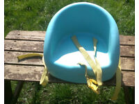 Mothercare child's dinner table two part booster seat