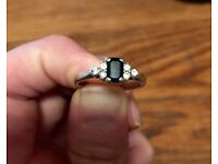 Beautiful White Gold Saphire & Diamond engagement / special occasion ring