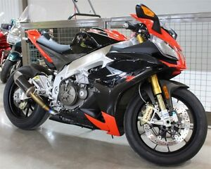 2010 Aprilia RSV4  Factory WOW! CHECK OUT THIS RSV4 FACTORY!