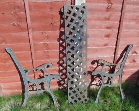 (#706) vintage pair of garden cast iron bench ends and back (Pick up only, Dy4 area)
