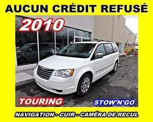 2010 Chrysler Town & Country Touring*Toit ouvrant, Cuir, Navigat