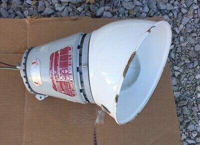 Appleton Electric Company A-51 Series Vented Explosion Proof Light Fixture