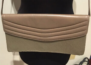 Glomesh mesh and leather clutch shoulder bag. RRP :$199 Donvale Manningham Area Preview