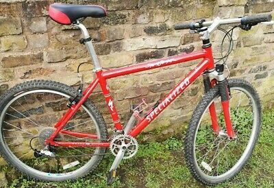 "Specialized stumpjumper M2 Retro Frame,  26""  wheels shimano LX Groupset."