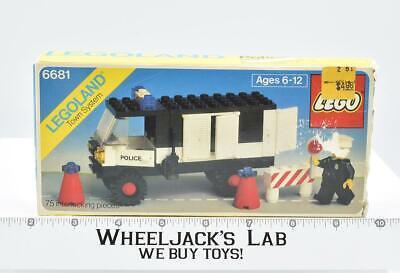 Lego Town 6681 Police Van Legoland 1981 LEGO Set Vintage