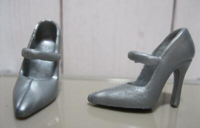 Barbie Shoes CYNDI LAUPER Model Muse Ladies of the 80/'s Pointed Toe RED PUMPS