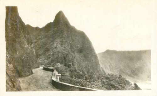 1940 going up the  Nuʻuanu Pali road  Hawaii photo #1