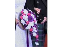 tear drop wedding bouquet and 2 matching brides maid bouquet