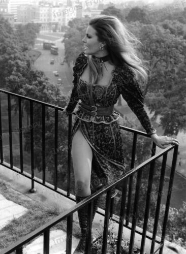 8x10 Print Raquel Welch on Balcony overlooking London Street 1970 #SDRW