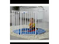 Lindam baby playpen / pet pen