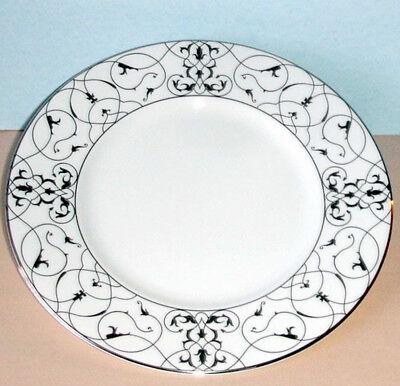 Vera Wang Wedgwood IMPERIAL SCROLL Accent Plate 9