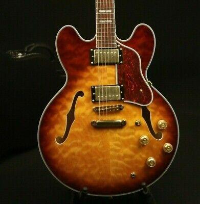 Electric Guitar 335 Maple Body Gold Hardware Rosewood Fingerboard Humbuckers
