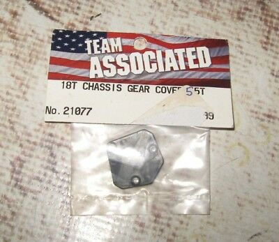 VINTAGE RC TEAM ASSOCIATED 18T CHASIS GEAR COVER  FOR 55 TOOTH (1) 21077 segunda mano  Embacar hacia Argentina