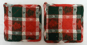 Set-of-2-Christmas-Holiday-Red-Green-Tree-Star-Kitchen-Pot-Holders-Decorative