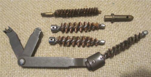 M1 GARAND RIFLE M3A1 COMBO CHAMBER BRUSH TOOL w/EXTRA BRUSHES & PISTOL PLUG