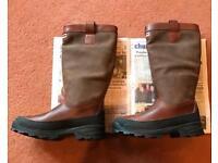 NEW Hunter Torlundy Boots Size 9, EU 43