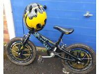 "16"" Batman bike with matching helmet and bell"