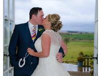 Qualified Female Wedding Photographer