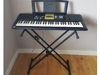 Yamaha YPT-220 keyboard and stand