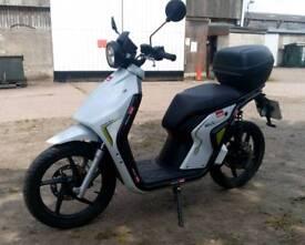Rieju Mius Electric Scooter