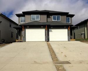 BRAND NEW DUPLEX IN ENERGY PARK-FURNISHED OPTION