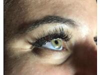 Eyelashes extentions