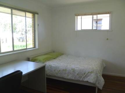 Short accommodation 10km to CBD 45 mins to Gold Coast