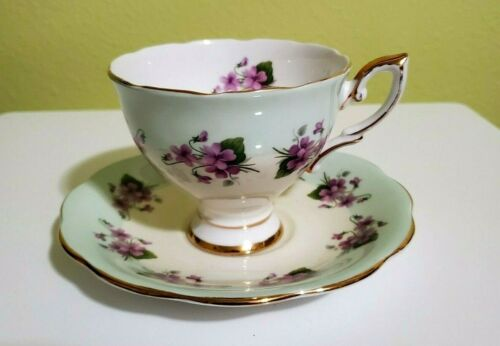 Royal Standard. Fine Bone China England. Tea Cup and Saucer