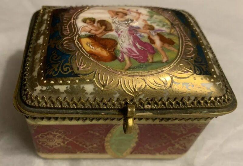 Vintage Porcelain Painted And Gilt Casket Box