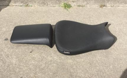Yamaha R1 Brandnew Corbin leather seats Model******1999