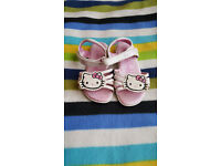 HELLO KITY girl sandals size 10/28