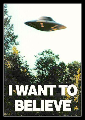 "4.5"" I Want To Believe UFO vinyl sticker. Alien, Area 51 decal for car, laptop."