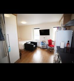 Studio flat to rent Flat 16, 78 Lofthouse Place, Leeds, LS2 9EX