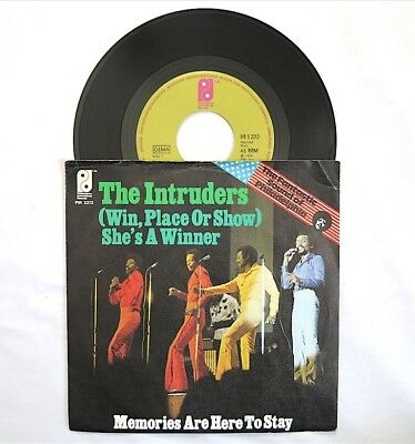 Intruders Shes A Winner 45Rpm 7  Philadellphia Intl Germany Picture Sleeve