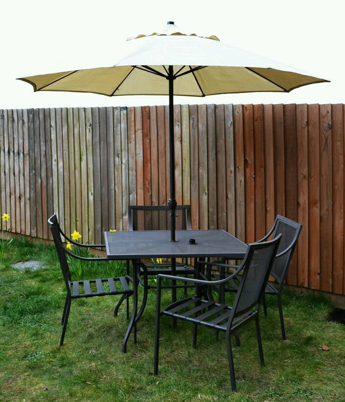 outdoor garden patio table and 4 chairs with parasol metal. Black Bedroom Furniture Sets. Home Design Ideas