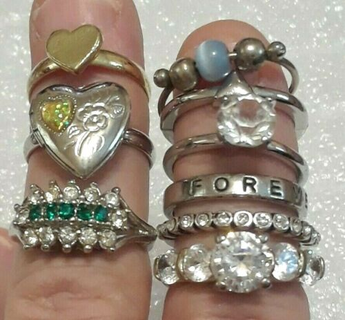 Vintage Rings Size 5.5 jewelry lot. gold, silver wit CZ stones. cluster cocktail