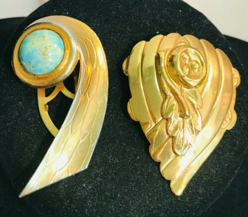 BEAUTIFUL VINTAGE ART DECO DRESS CLIP LOT OF 2 GOLD TONE TURQUOISE CABACHON