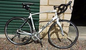 Avanti Giro - Large (58cm) - Full 105 Road Bike Maitland Maitland Area Preview