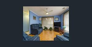 3 Bedroom Unit near to Laverton Train Station and 20 Min to City Altona Meadows Hobsons Bay Area Preview