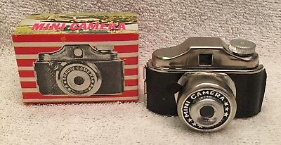 Vintage 1960's Mini Arrow Spy Camera w/ Box Hong Kong Old Store Stock