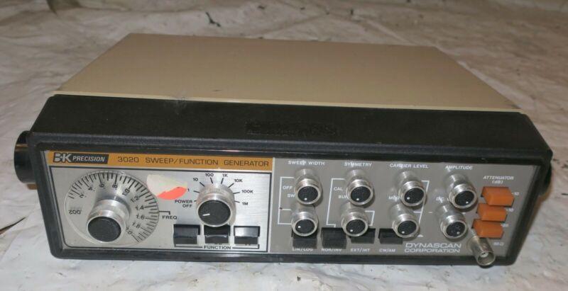 BK Precision Sweep / Function Generator Model 3020 Dynascan
