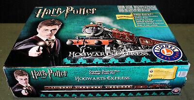 Lionel Harry Potter Hogwarts Express 7-11020 O-Gauge Train Set!