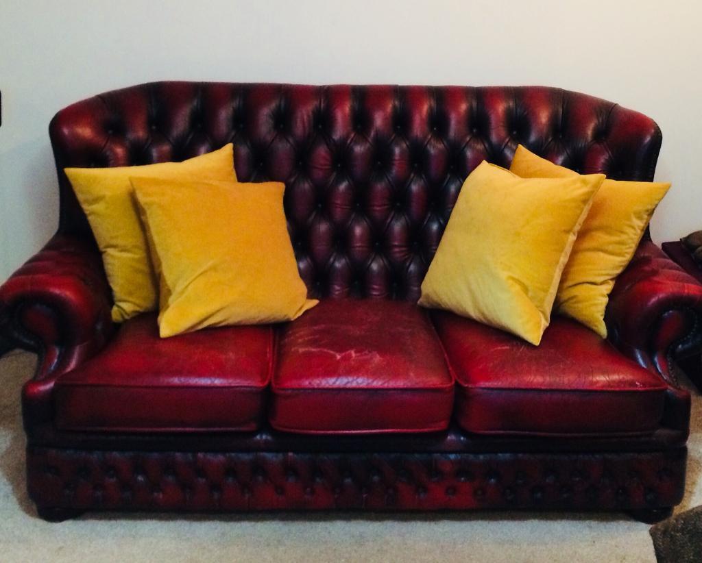 Chesterfield Winchester Sofa Original In Didsbury