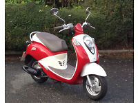 SYM Mio 50. Lovely 'retro' scooter with full service and 1 year's MOT