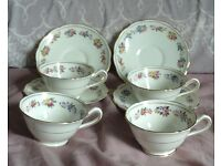 """Vintage Grosvenor Ye Olde English China """"Chelsea"""" 4 Cups and Saucers"""